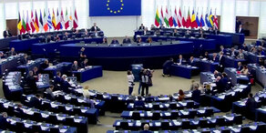 Rumänien: Vor EU-Ratsvorsitz-Übernahme unter Druck