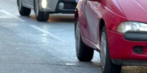 Tragisch: Bub von Auto niedergefahren