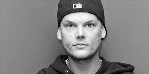 Avicii: Bewegende Gedenkfeier für toten Star-DJ