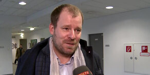 Prozess: Strache klagt Fußi auf Unterlassung