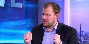Fellner! Live: Rudi Fußi nach Strache-Klage im Interview