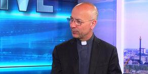 Fellner! Live: Dompfarrer Toni Faber zu Notre-Dame