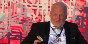 Raumfahrt: Buzz Aldrin enttäuscht über Fortschritt