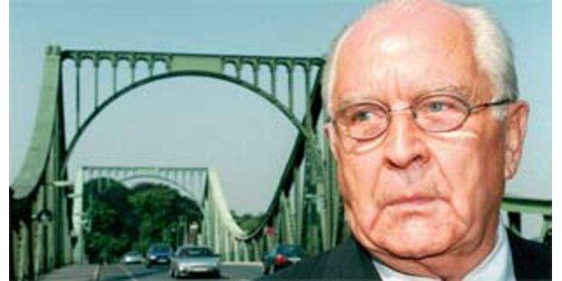 DDR-Unterhändler Wolfgang Vogel gestorben