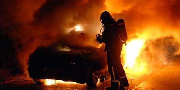 BMW fängt Feuer auf A2