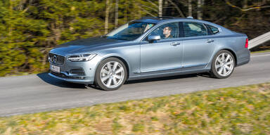 Volvo ruft fast 740.000 Autos zurück