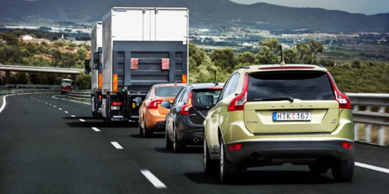 Selbstfahrende Volvos auf Straße getestet
