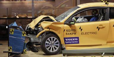 Volvo zeigt Crashtest-Video vom C30 Electric