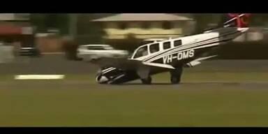 Dramatisch: Pilot landet ohne Vorderrad
