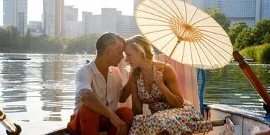 Vorstadtweiber: Liebesgeständnis und Heiratsantrag