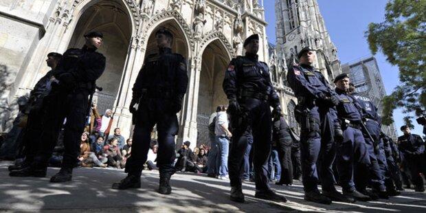 Votivkirche erneut besetzt