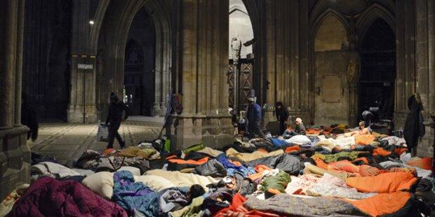 Votivkirche: Volksanwalt prüft Räumung