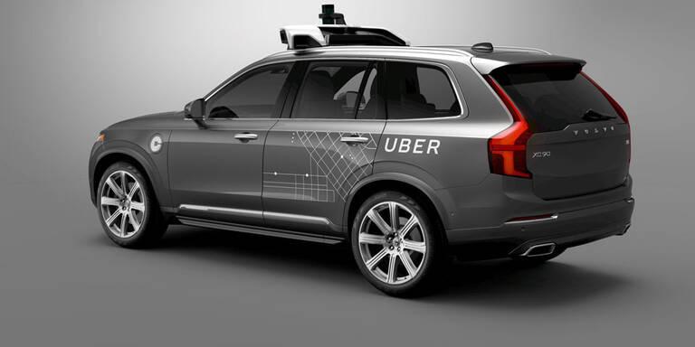 Volvo liefert 24.000 Roboterautos