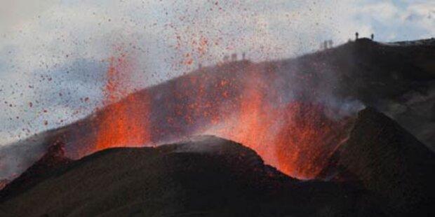 Vulkan vor Ausbruch: Hunderte evakuiert