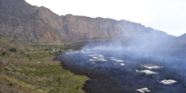 Vulkanausbruch in 2900m Höhe
