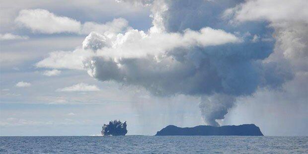 Unterwasser-Vulkan ausgebrochen