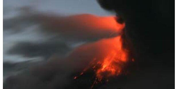 Fünf Tote bei Vulkanausbruch in Ecuador