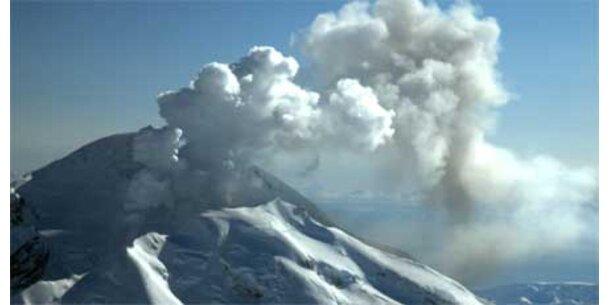 Nach Vulkanausbruch Ascheregen in Alaska