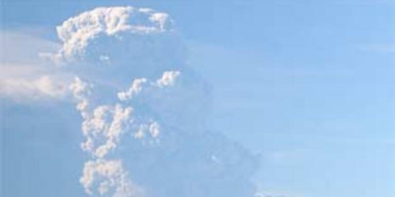 Staubwolke nach Vulkanausbruch
