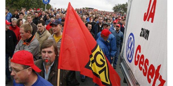 40.000 Arbeiter bei Demonstration für VW-Gesetz