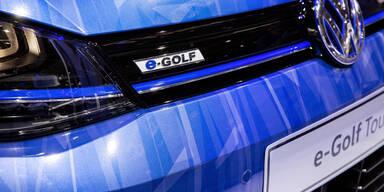 VW muss in E-Auto Batterien investieren