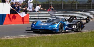 VW ID. R knackt Nürburgring-Rekord