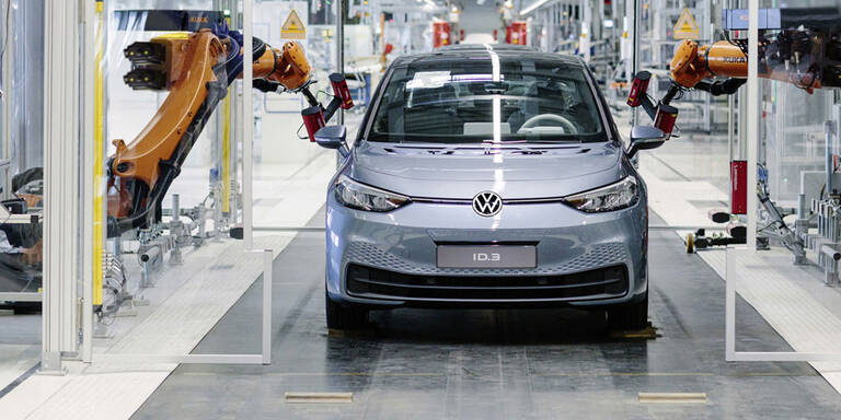Corona: Europas Autobauer treten auf die Bremse