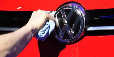 VW verpasst sich ein neues Logo