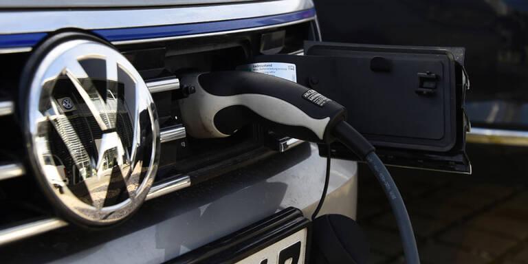 VW erwägt Bau einer Batteriefabrik