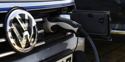 VW kann keine E- und Hybridautos liefern
