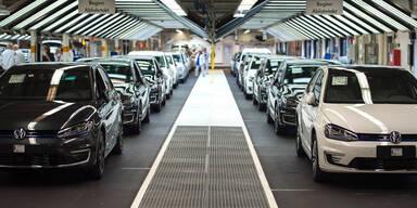 VW plant riesige Batteriefabrik