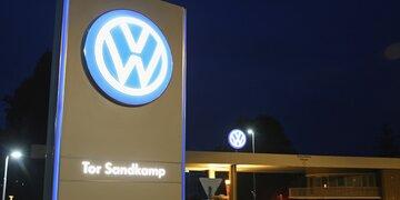 Abgas-Skandal: Mega-Strafe: VW muss in USA satte 2,8 Milliarden Dollar zahlen