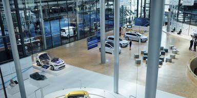 VWs gläserne Manufaktur neu eröffnet