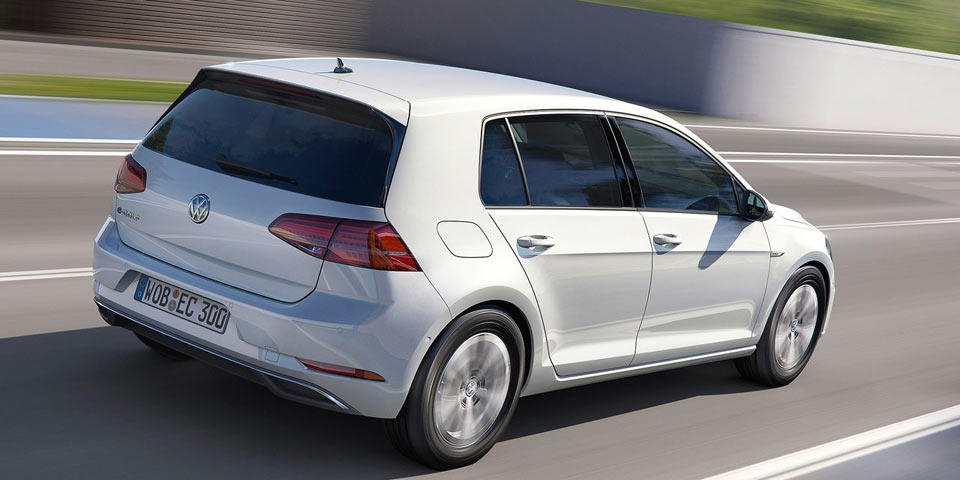 vw_e-Golf-2017-story-fl1-96.jpg
