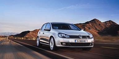 Liebling. Für Österreich lässt VW seinen Bestseller,  den Golf mit 90 PS aufleben.