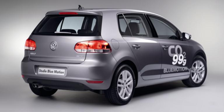 Der E-Golf wird auch umgerechnet weniger CO2 als der hier gezeigte BlueMotion emittieren. Bilder: Volkswagen AG