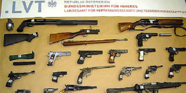Waffensammler hortete Kriegsmaterial