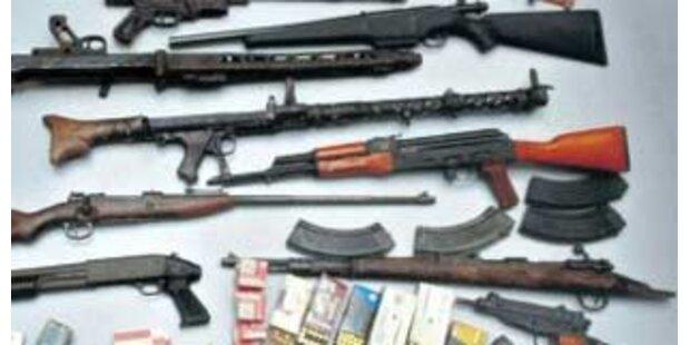 Österreichischer Waffenhändler in Berlin überführt