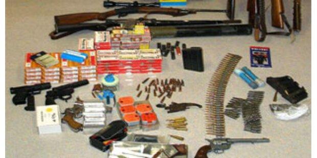 Tiroler hatte Gewehre und Cannabis zu Hause