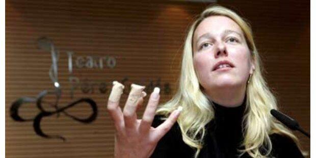 Katharina Wagner kauft bei Beate Uhse