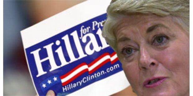 Prominente Clinton-Wahlhelferin tritt zurück