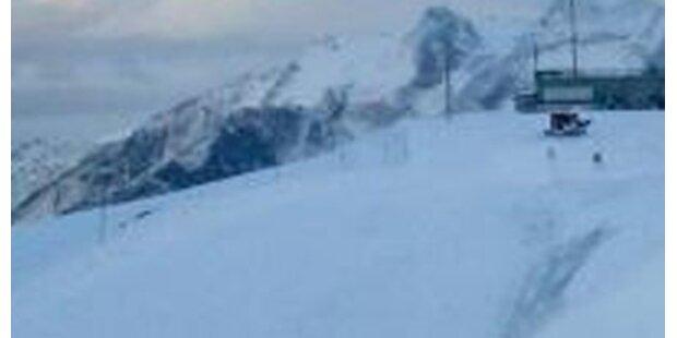 Skitourengeher stirbt im Wallis