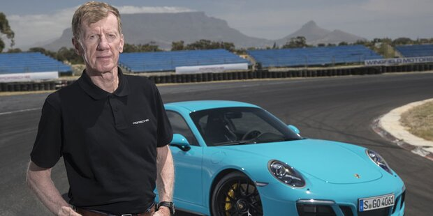 Porsche huldigt Walter Röhrl zum 70er
