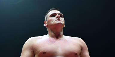 WWE-Star Walter brutal ausgeraubt