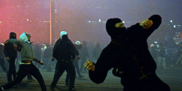 Schwere Krawalle in Warschau