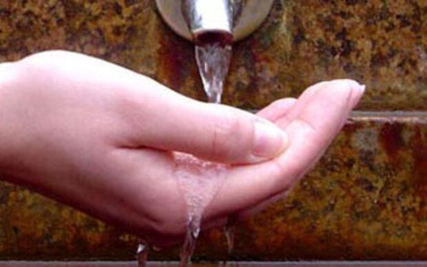 Händewaschen macht optimistisch