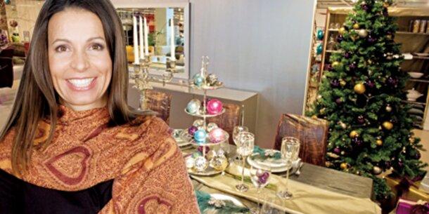 Weihnachts-Deko steht in ersten Läden