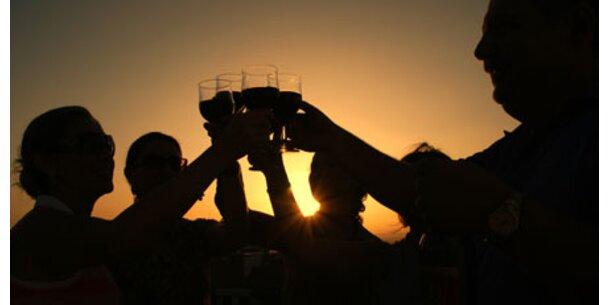 Teenagern Alkohol zu Hause erlauben