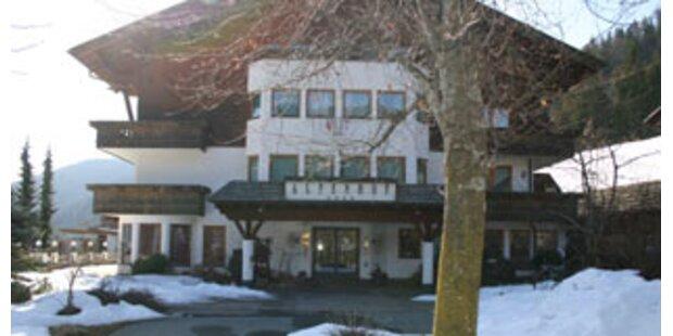 Hotel-Plünderungen vor Totalauflösung