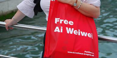 Ausstellung & Solidarität für Ai Weiwei